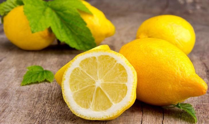 Отбеливание зубов лимоном – голливудская улыбка в домашних условиях. Как отбелить зубы лимоном и содой безопасно - Автор Екатерина Данилова